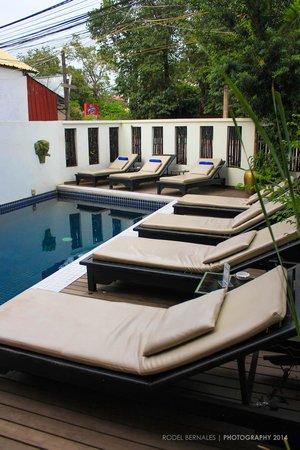 Banyan Leaf Hotel: Cute Swimming Pool