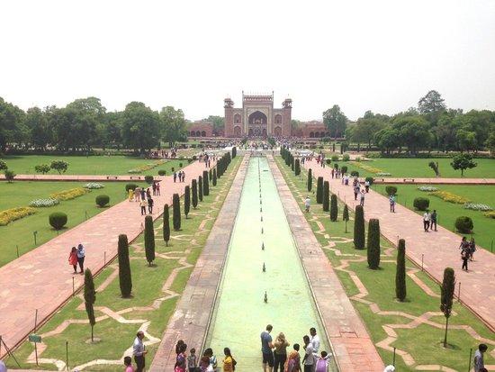 Amin Tours - Day Tours: Taj Mahal