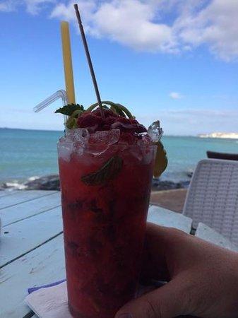 Agua Tiki Bar: Raspberry Mojito