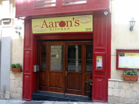 Aaron's Kitchen : Blink and you'll miss it!