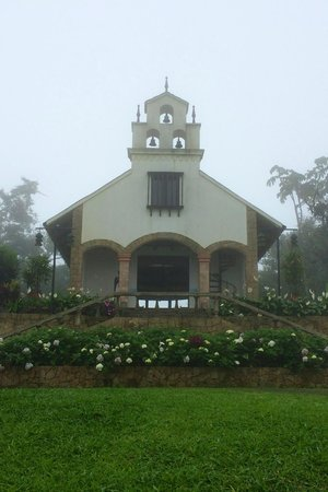 Villa Blanca Cloud Forest Hotel and Nature Reserve : Chapel in the Clouds