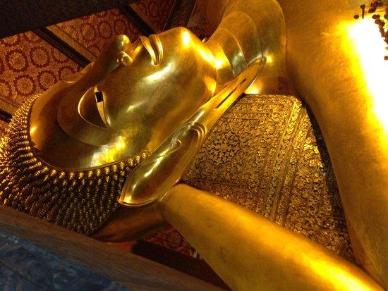 Temple du Bouddha Couché (Wat Pho) : La cara del Buda