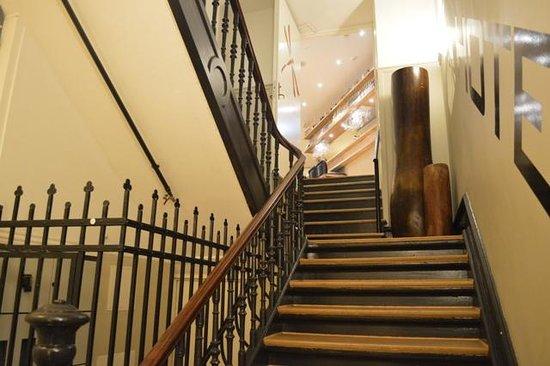 66 Guldsmeden - Guldsmeden Hotels: Escalera