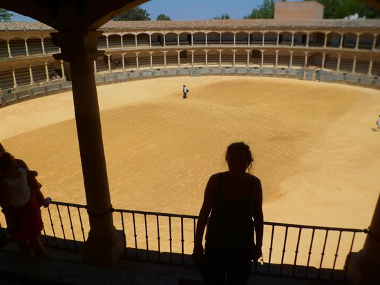 Plaza de toros de Ronda: Pequeña pero histórica plaza de toros