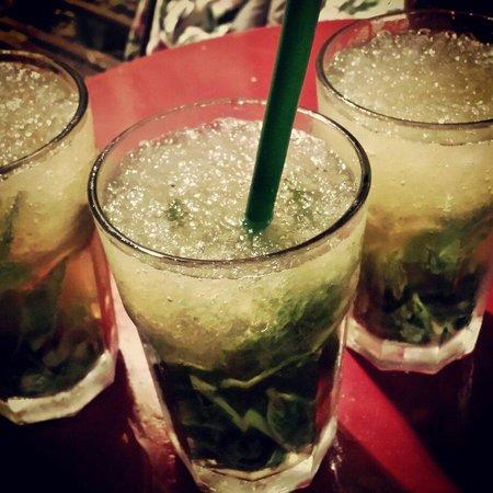 Cafe de Levante: Ottimi Mojito con erba buena...fantastici