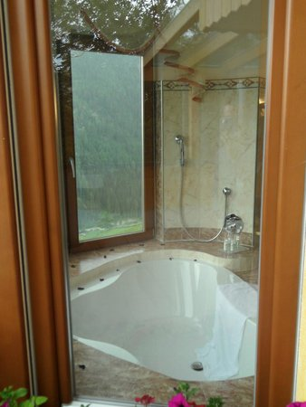 Bärenhotel: vasca da bagno suite 308