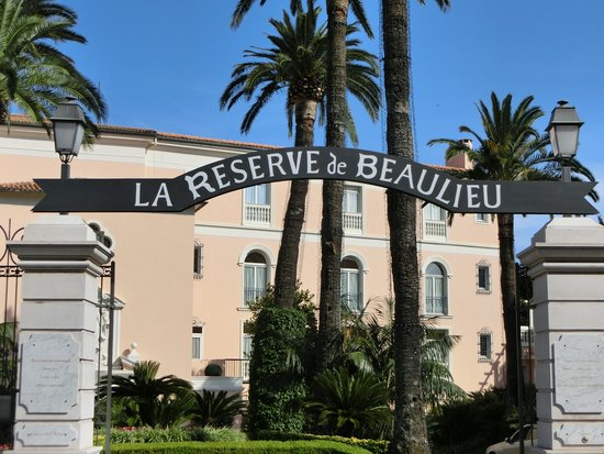 La Reserve de Beaulieu Hotel & Spa: Entry