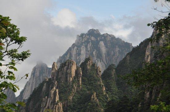 Mt. Huangshan (Yellow Mountain): Yellow mountains