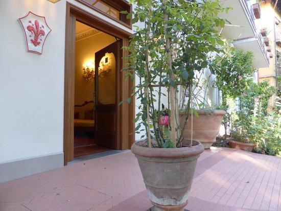 Hotel David : Entrance