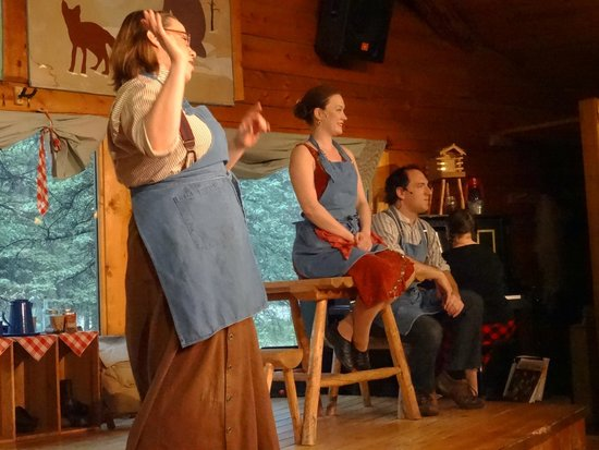 Alaska Cabin Nite Dinner Theater: Servers performing