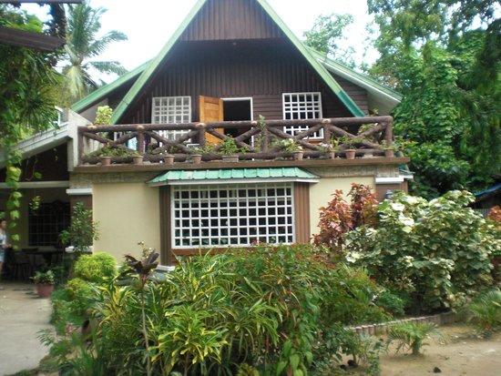 Peak House Garden Pension: The House