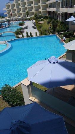 Atrium Platinum Hotel: Pool
