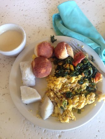 Sunset Beach Resort, Spa & Water Park : Traditional style breakfAst