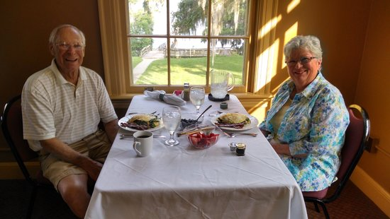 Inn At Marywood: Enjoying our grand breakfast!