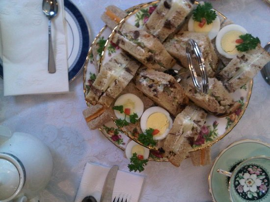 Old Curiosity Tea Shop : Sandwiches