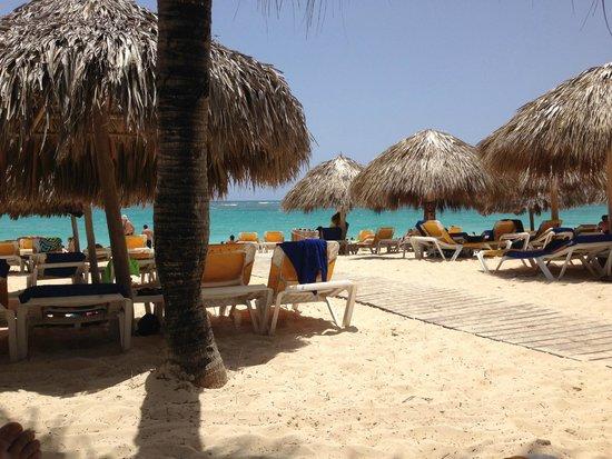 Iberostar Punta Cana: The beach steps away from the room