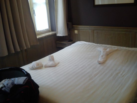 Hotel Biskajer Adults Only: Towel animals, lovely touch