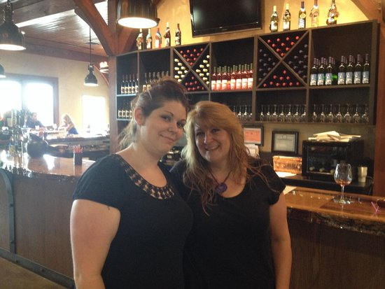 Owera Vineyards: Day with my daughter
