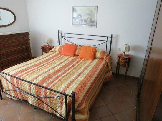 Appartementi Casa la Torre - Nomipesciolini : Chambre à coucher