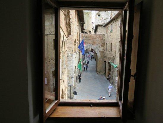 Appartementi Casa la Torre - Nomipesciolini : Vue de la fenêtre du salon