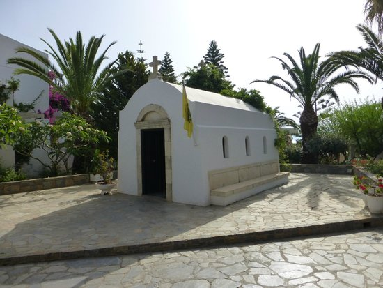 Nana Beach Hotel : Small chapel in hotel grounds