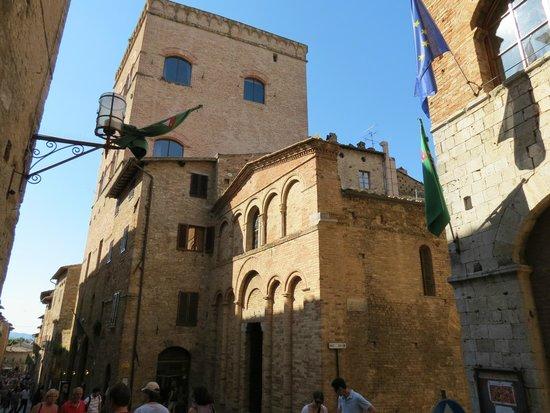 Appartementi Casa la Torre - Nomipesciolini: Appartement la Torre