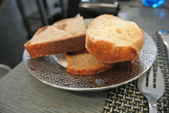 Le Bar a Huitres Saint-Germain : Bread