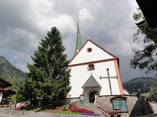 Furstenhof Guest House : Church in town centre