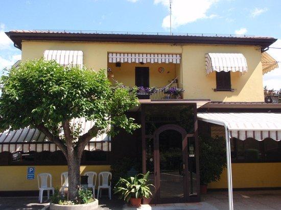 hotel vicino palazzo isolani bologna song - photo#34
