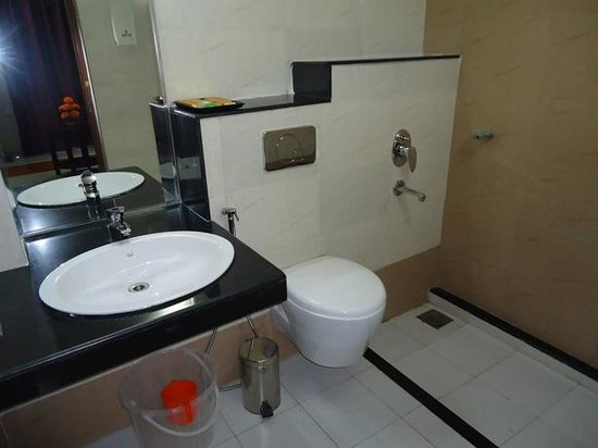 Hiton Hotel: Bath Room