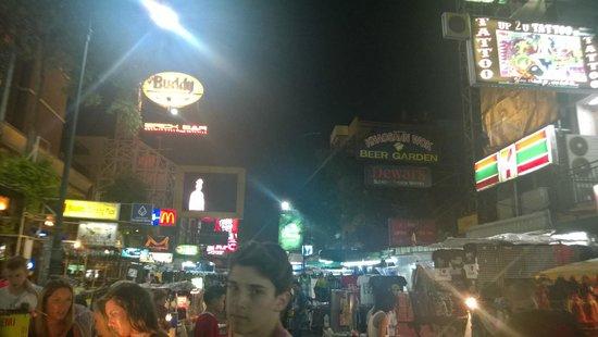 Khao San Road : It is very alive