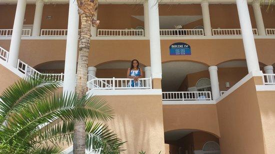 Divi Village Golf and Beach Resort: Our bldg