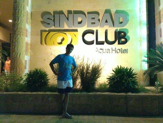 Sindbad Aqua Hotel & Spa: Вход в отель Синдбад Аква Отель