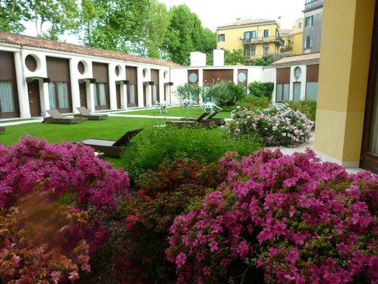 Best Western Premier Hotel Sant'Elena: le jardin!