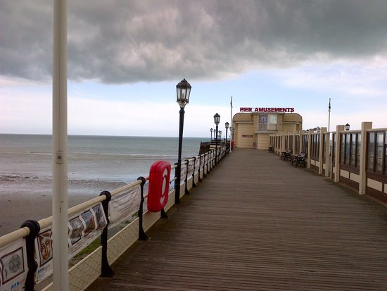 Worthing Pier: Pier late evening