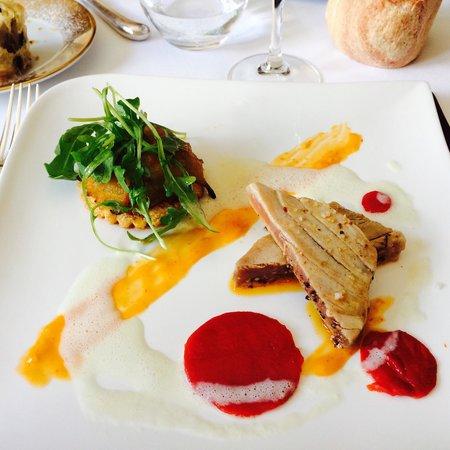 Restaurant l'Auberge : Mi-cuit de thon en entrée. La perfection!