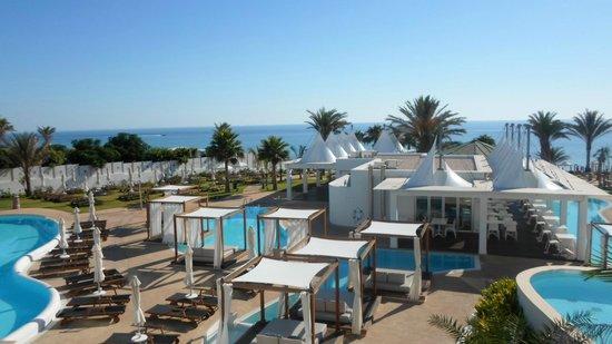 Sunrise Pearl Hotel & Spa: Fischrestaurant und Poolbetten