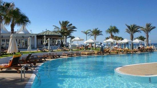 Sunrise Pearl Hotel & Spa: Pool für Erwachsene plus Poolbar