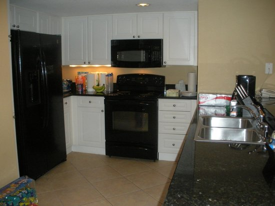 Wyndham Vacation Resorts Panama City Beach: Clean, clean kitchen