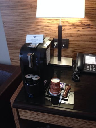 Hotel Hyllit : In room coffee machine with 2 complementary capsules (standard room 533)