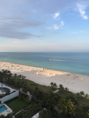 Loews Miami Beach Hotel: view from the balcony