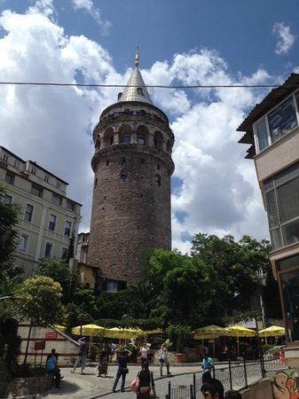 Adahan Istanbul : Galata Tower
