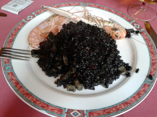 Restaurant Koxkera: Paella black rice