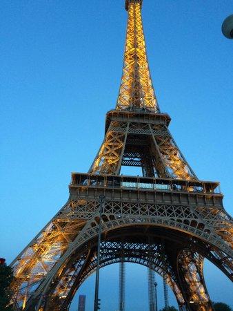 Mercure Paris Centre Tour Eiffel : Dusk