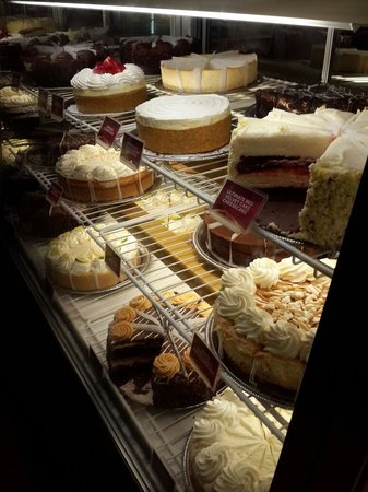 The Cheesecake Factory: Nice