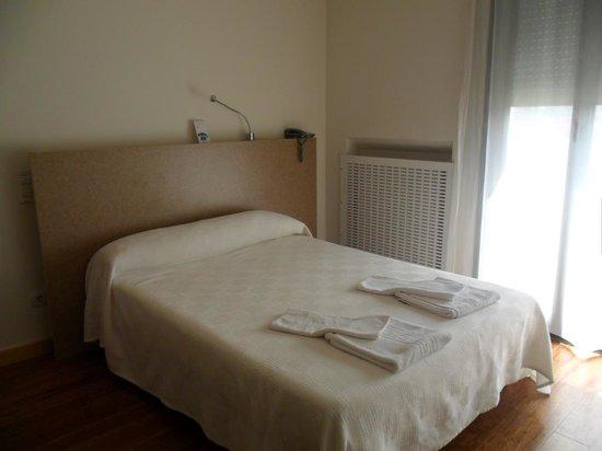 Ovida Aparthotel: Dormitorio