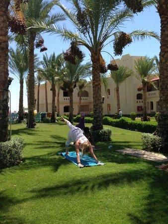 Rixos Sharm El Sheikh : Doing yoga