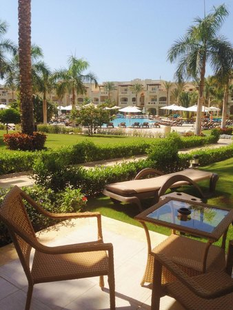 Rixos Sharm El Sheikh: View from our room to the Oasis pool