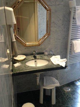 Hotel Atlantic Palace : salle de bain