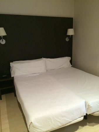 Hotel Internacional Ramblas Cool: hotel room